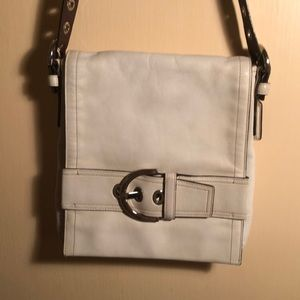 Coach white leather shoulder bad
